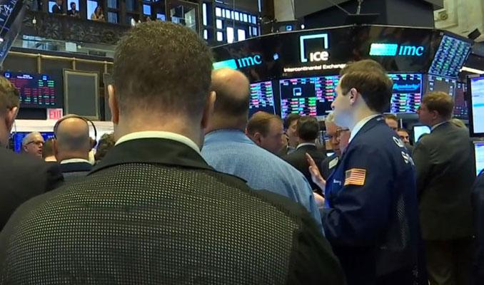 New York borsası haftayı kayıpla günü artıda kapadı
