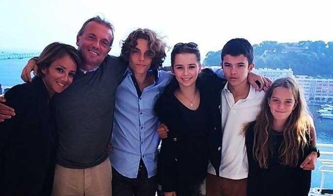 Cem Uzan'ın kızı Dilara babası için Paris'te evleniyor