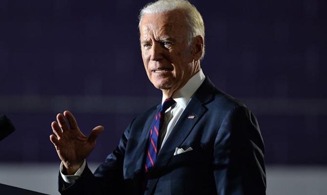 ABD'de demokrat seçmen Biden'dan yana
