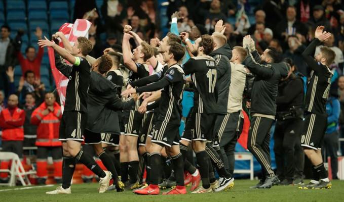 Hollanda'da şampiyon Ajax oldu