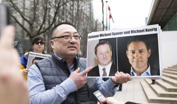 Çin, Kanadalı eski diplomat ve iş adamını resmen tutukladı