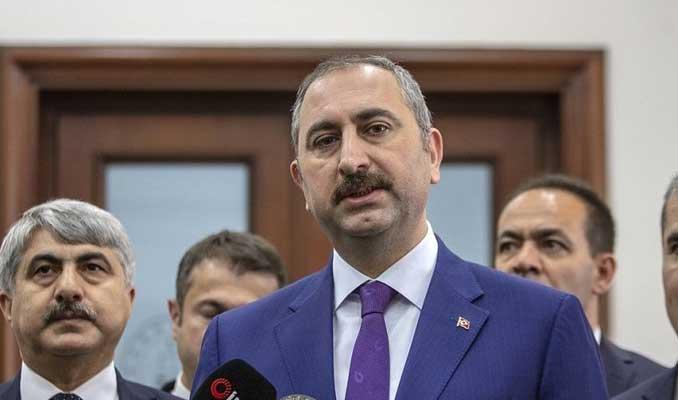 Adalet Bakanı Gül: Öcalan'ın görüş yasağı kaldırıldı