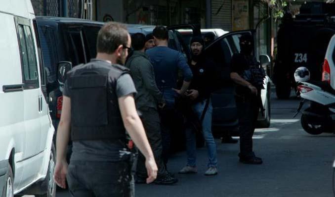 Terör operasyonu! 3'ü kadın 7 örgüt üyesine gözaltı