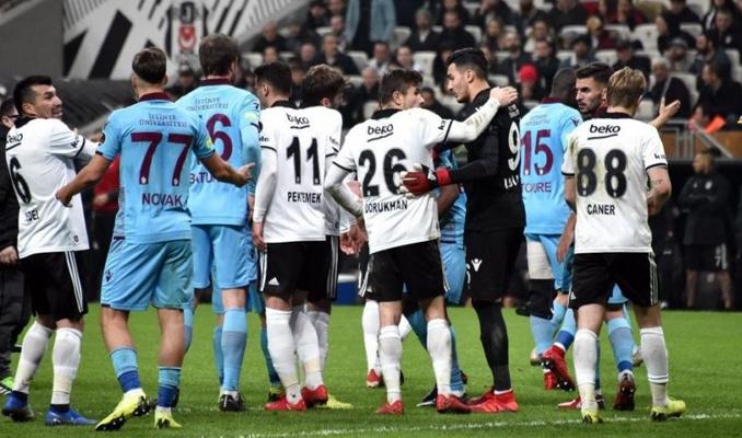 Trabzonspor Beşiktaş'ın şansını bitirdi