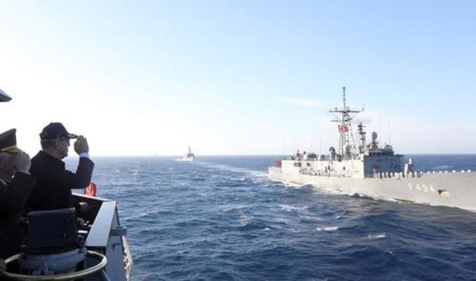 Milli Savunma Bakan Akar'dan 'Ege ve Doğu Akdeniz' mesajı
