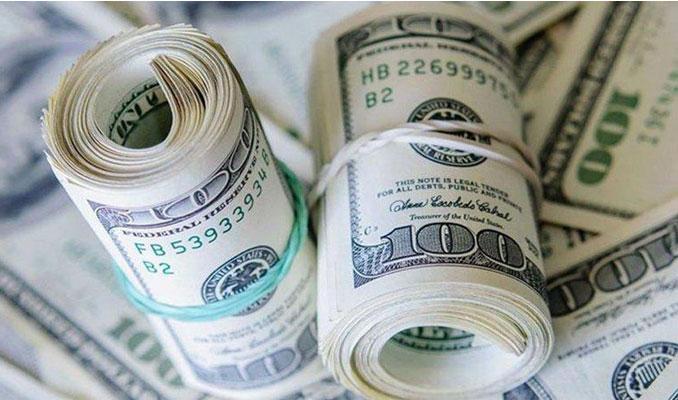 Merkez'in faiz kararı sonrası dolar 5.80'in altında