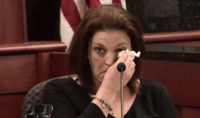 Beş çocuğunu öldüren kocası için merhamet istedi