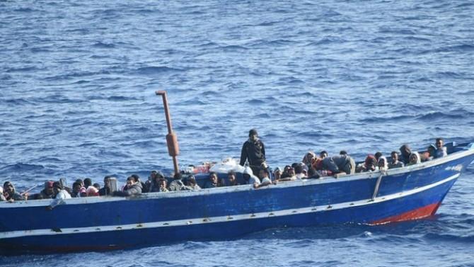 Göçmenleri kurtaran gemilere para cezası