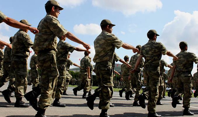 Yeni Askerlik Yasası 25 Haziran'a kaldı