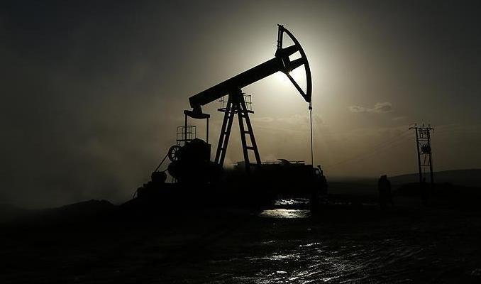 Petrol stoklardaki düşüş ve Fed sonrası güçlü yükseldi