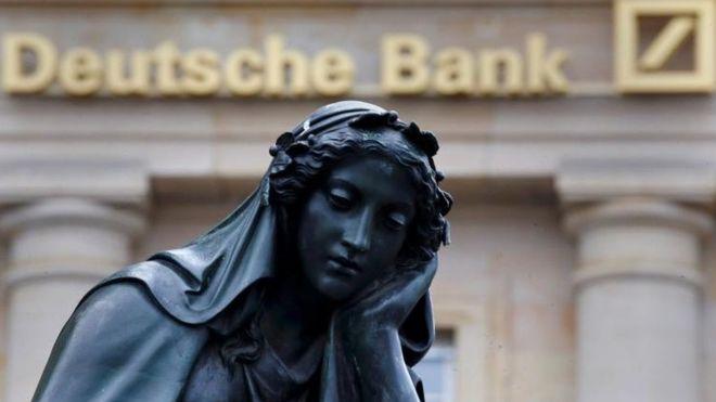 Fitch'ten Deutsche Bank'a not darbesi