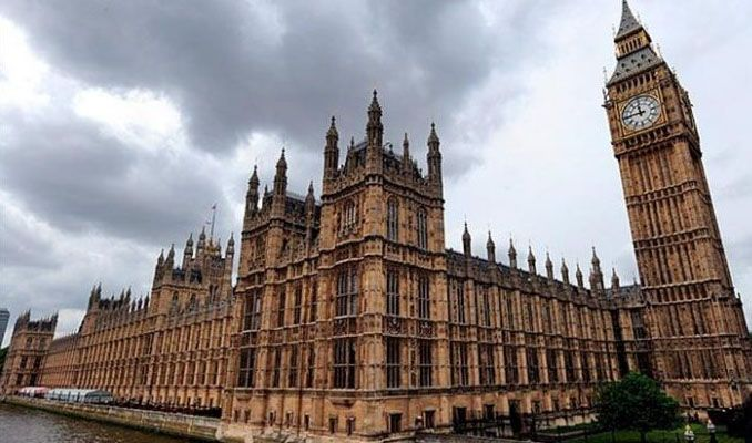 İngiliz parlamentosunda taciz skandalı