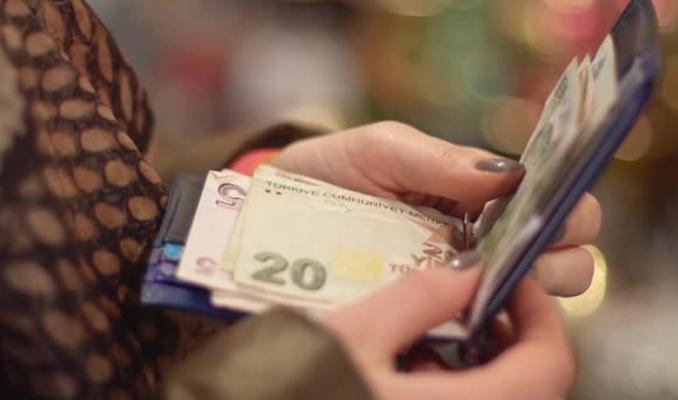Hizmet birleştirmesi yapan memura yüksek emekli maaşı
