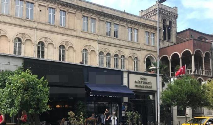 Tarihi Fransız lisesindeki inşaat çalışması mahkemelik