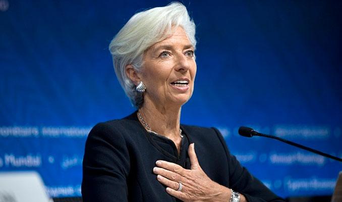 ECB'nin Başkanı Christine Lagarde oluyor