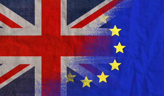 Moody's'e göre anlaşmasız Brexit riski daha yüksek