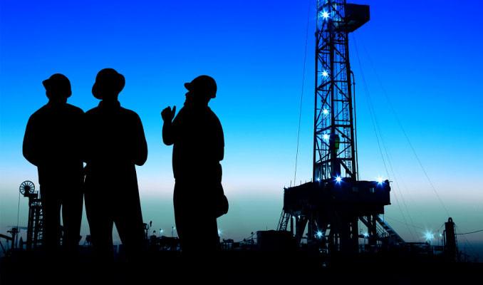 Tahran Ticaret Odası: Petrol piyasasının kontrol etmek için birlik oluşturuluyor
