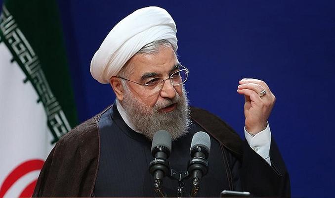 Ruhani'den Macron'a uyarı: Kayıpla sonuçlancak