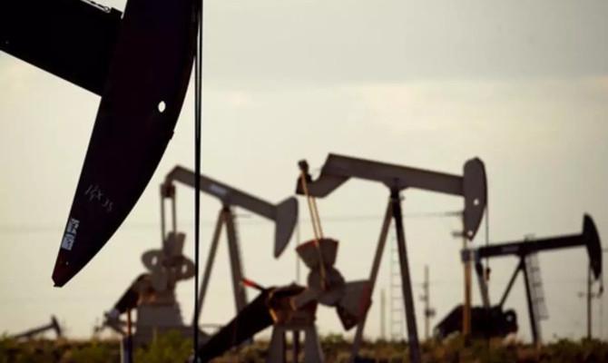 Brent petrolün varili 58,37 dolar