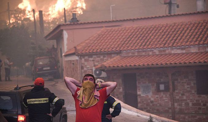 Komşuda korkutan yangın! İki köy boşaltıldı