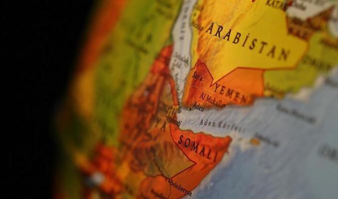 Hamaney: Suudi Arabistan ve Birleşik Arap Emirlikleri, Yemen'i bölmenin peşinde