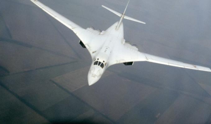 Rusya, nükleer kapasiteli 2 'Beyaz Kuğu'yu ABD sınırına gönderdi