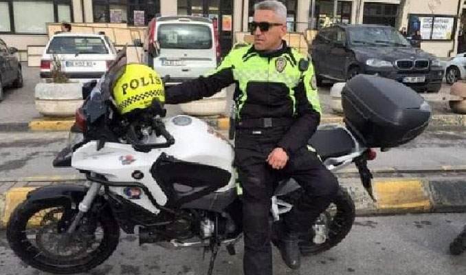 Kazada yaralanan trafik polisi şehit oldu