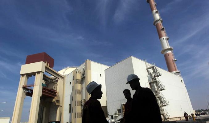 İran, Nükleer Anlaşma'ya sadık kalacağını açıkladı