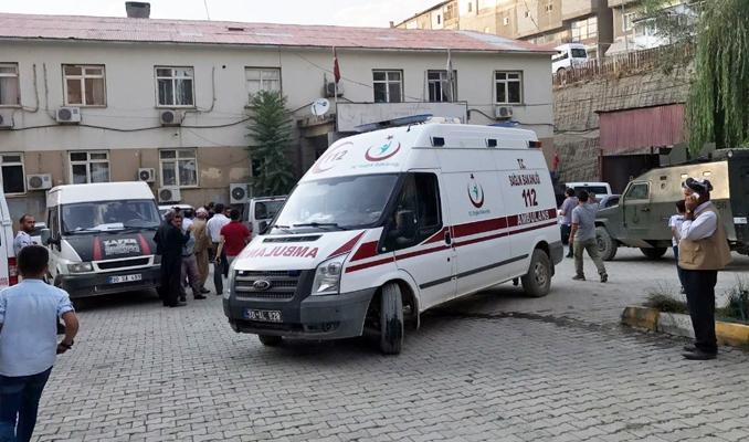 Şemdinli'de sivil aracın geçişi sırasında patlama