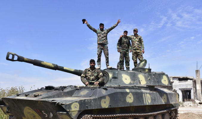 Suriye ordusu Han Şeyhun'a dayandı
