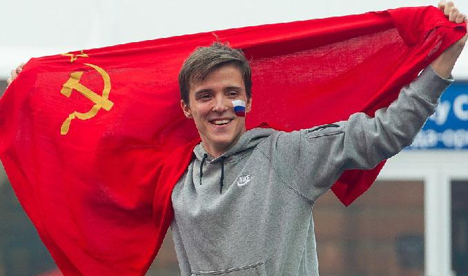 Rusya Sovyetler'in gerisinde