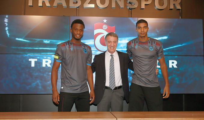 Trabzonspor'da yeni transferler için imza töreni