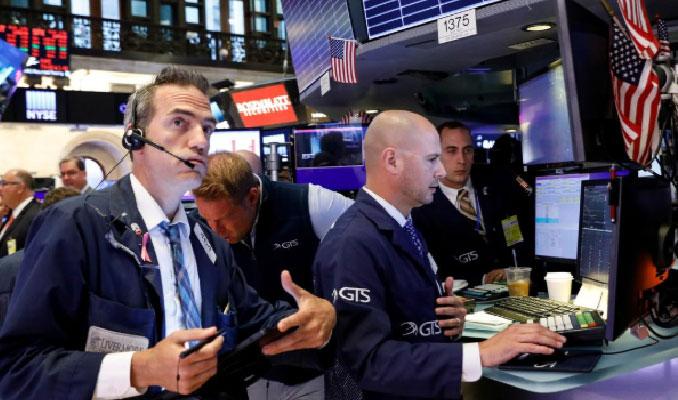 ABD borsaları şok düşüşle günü kapadı