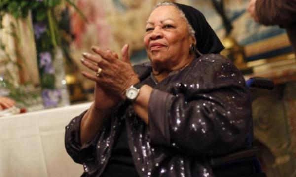 Nobel ödüllü ünlü yazar Toni Morrison hayatını kaybetti
