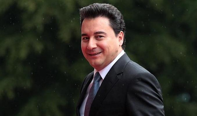 Ali Babacan yeni parti için tarih verdi