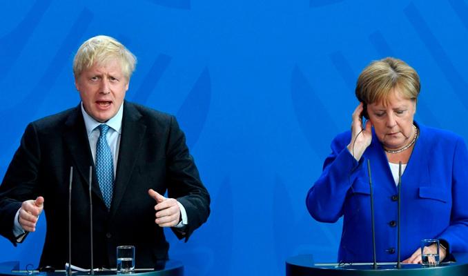 Merkel: Anlaşmalı bir Brexit için hala şansımız var