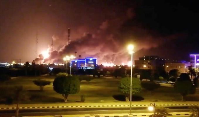 Aramco saldırısından sonra petrolün 10 dolar artması bekleniyor