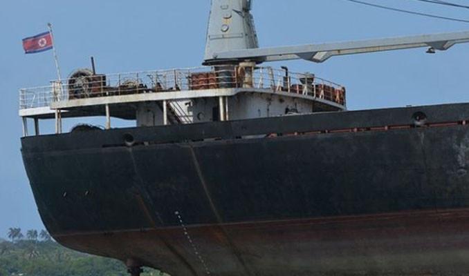 Rusya, Kuzey Kore bayraklı kaçak avcı gemisine el koydu
