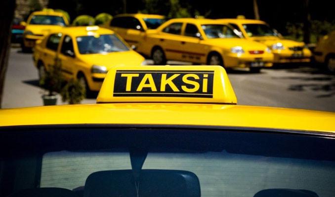 1550 taksici turizm eğitimine başladı