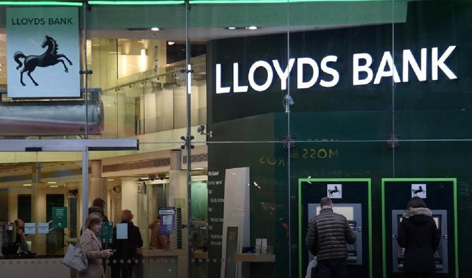 Lloyds Banking Group, Tesco Bank'ın mortgage portföyünü satın alıyor