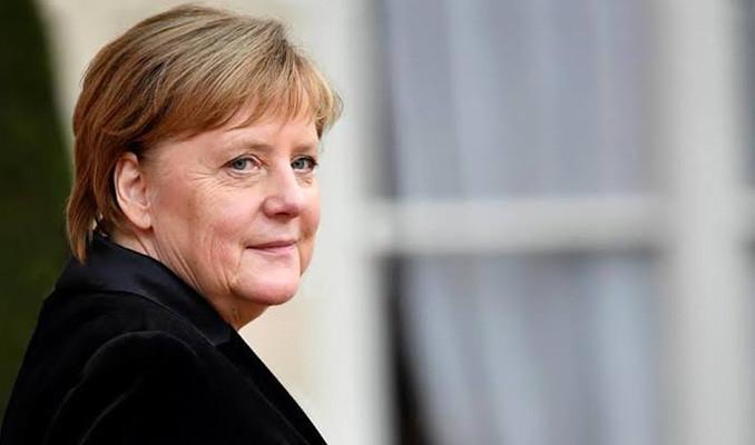 Almanya Angela Merkel'e artık güvenmiyor
