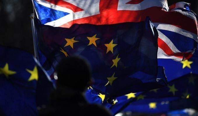 Britanya, Brexit sonrası AB vatandaşlarını sınır dışı etmeyecek