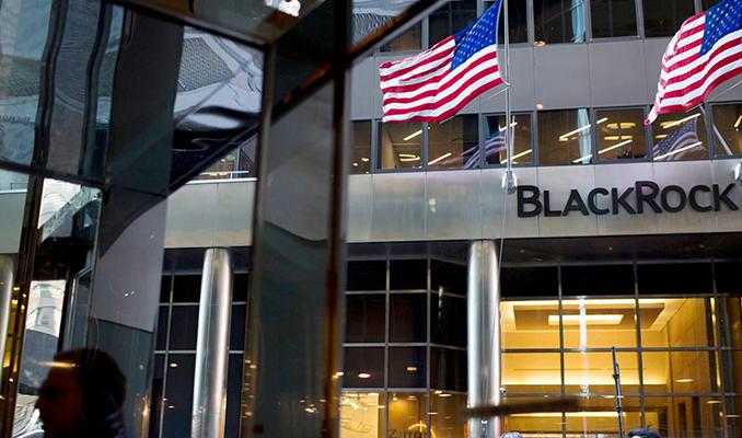 O şirketler BlackRock'ı trilyon dolarlık kararından vazgeçirebilir