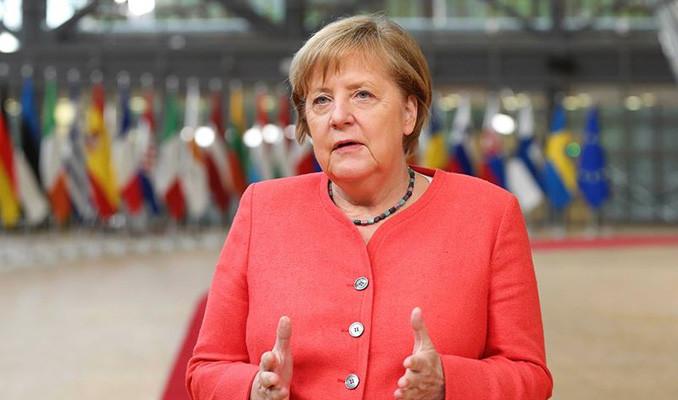 Merkel yeni bir kapanma planı hazırlıyor
