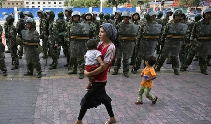 Japonya, Sincan'daki ihlalleri endişeyle takip ettiğini belirtti
