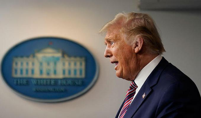Trump borçlarını ödemek için her şeyi satıyor