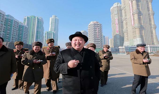 Kuzey Kore'de kamusal alanlarda sigara yasağı