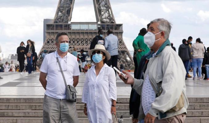 Fransa'da günlük vaka sayısı bir kez daha rekor kırdı