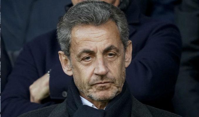 Eski Fransa Cumhurbaşkanı Sarkozy'nin 4 yıl hapsi istendi
