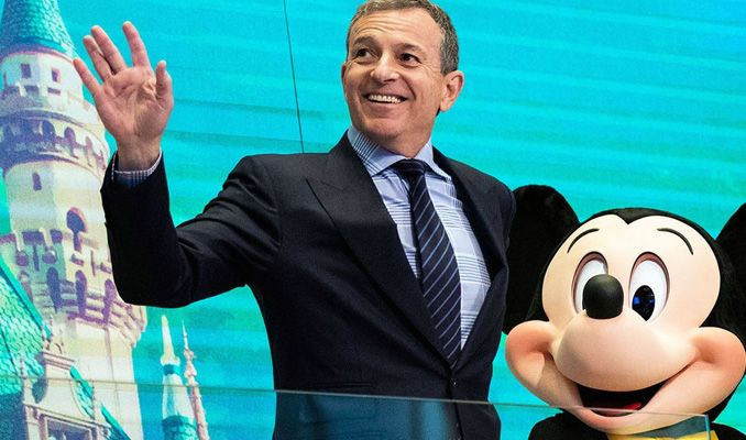 Walt Disney'in 15 yıllık CEO'su Bob Iger istifa etti